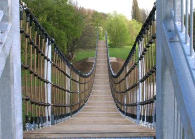 Landschaftsbau Hängebrücke